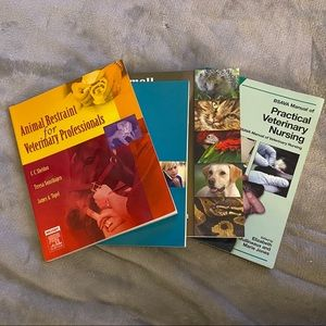Veterinary Assistant College Textbooks